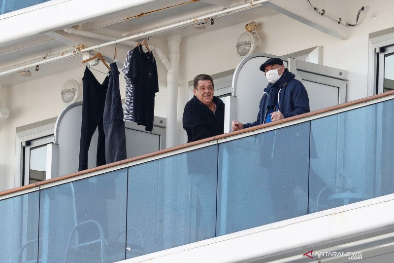 Sebanyak 60 orang terinfeksi virus corona di kapal pesiar Jepang