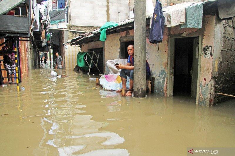 BPBD DKI Jakarta turunkan status Pintu Air Manggarai menjadi normal