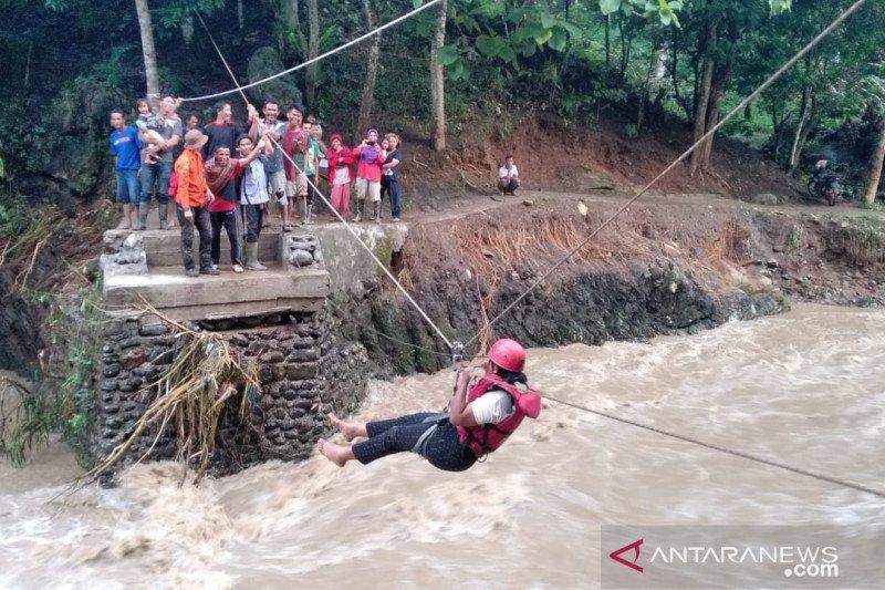 Kerugian banjir Solok diperkirakan belasan miliar