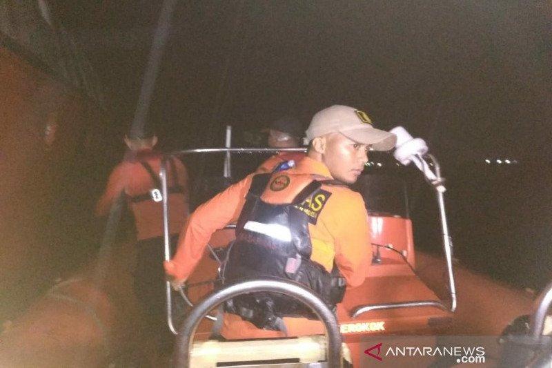 Basarnas cari tujuh nelayan yang mati mesin di perairan Kolaka