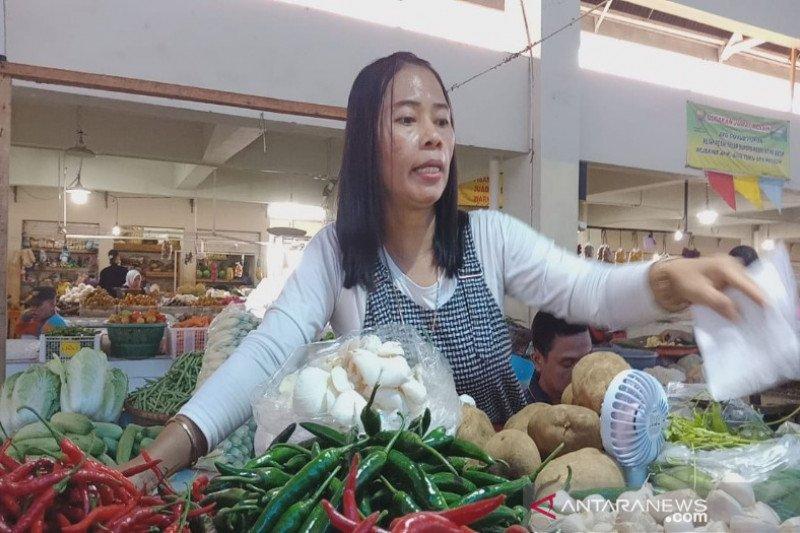 Harga bawang putih di Batang naik 100 persen