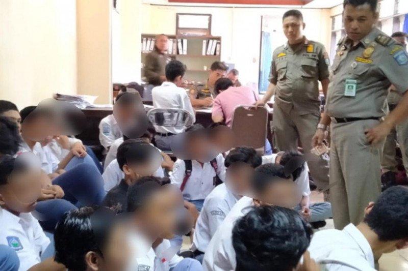 Miris, rekaman videocall pornografi siswa SMK di Mataram ditemukan Satpol PP saat razia