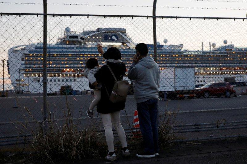 Corona tertular lagi ke 70 orang di kapal pesiar Jepang