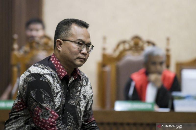 Mantan Direktur Pemasaran PTPN III divonis 4 tahun, denda Rp200 juta