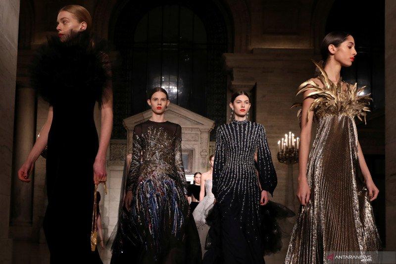 New York Fashion Week akan tetap digelar
