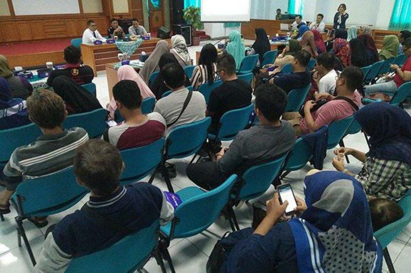 Bank Jateng sosialisasikan transaksi nontunai ke IKM Tegal