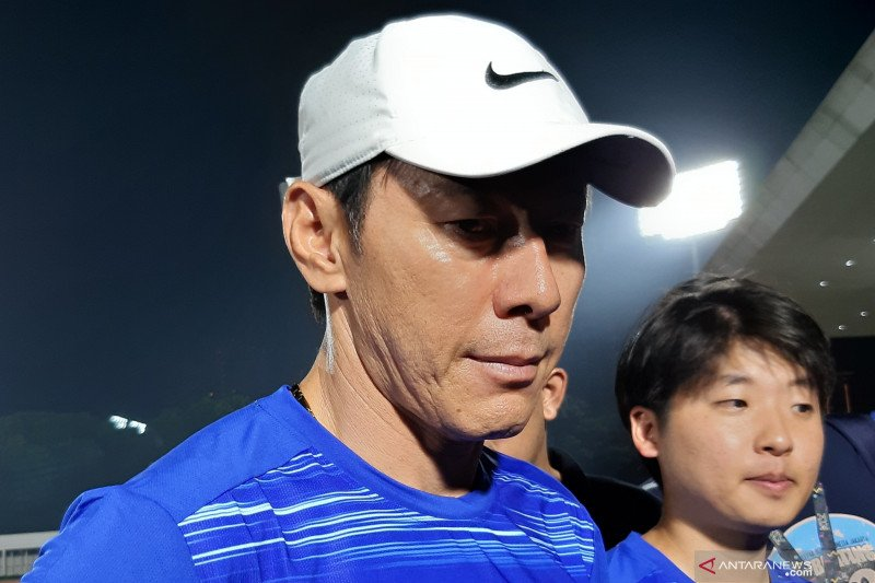 Shin Tae-Yong beri perhatian ekstra kepada  kiper timnas