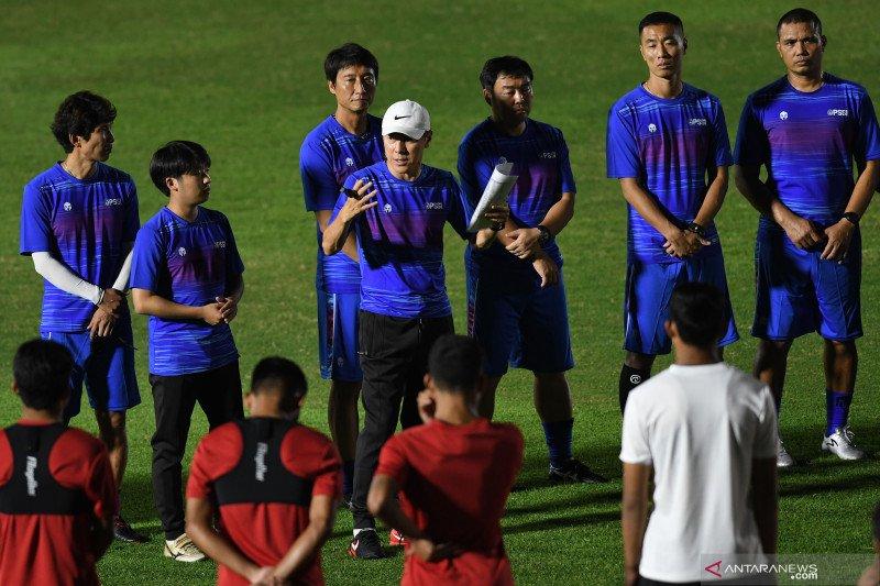 Shin Tae-Yong janji bantu regenerasi pemain timnas Indonesia