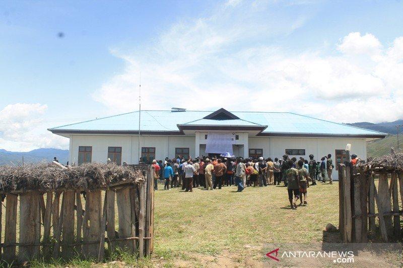 Bupati Jayawijaya resmikan Puskesmas distrik Welesi