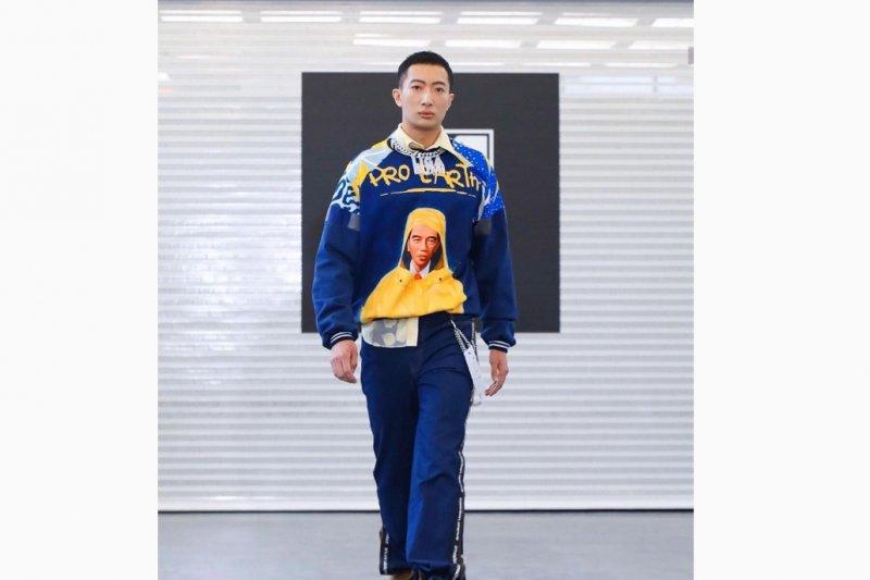 Ada wajah Jokowi dan Susi Pudjiastuti di pekan mode New York