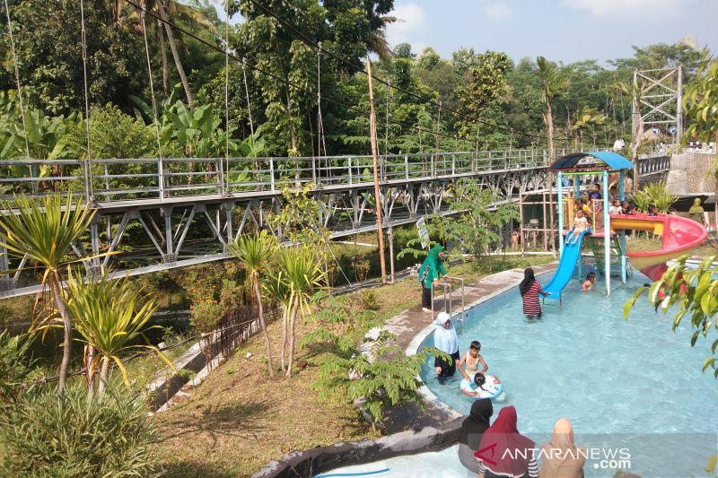 Kawasan jembatan Tegaldowo di desa Bantul akan disulap menjadi taman wisata