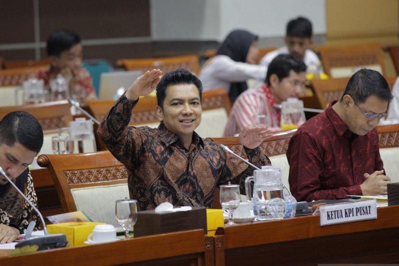 Ketua KPI dorong publik figur deklarasi diri jika positif COVID-19