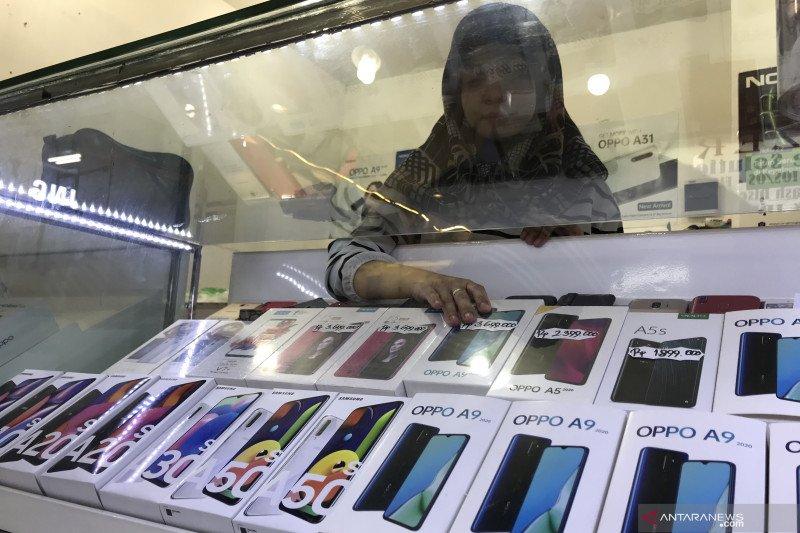 """Smartphone """"low-end"""" bersaing ketat, bagaimana nasib ponsel lokal?"""