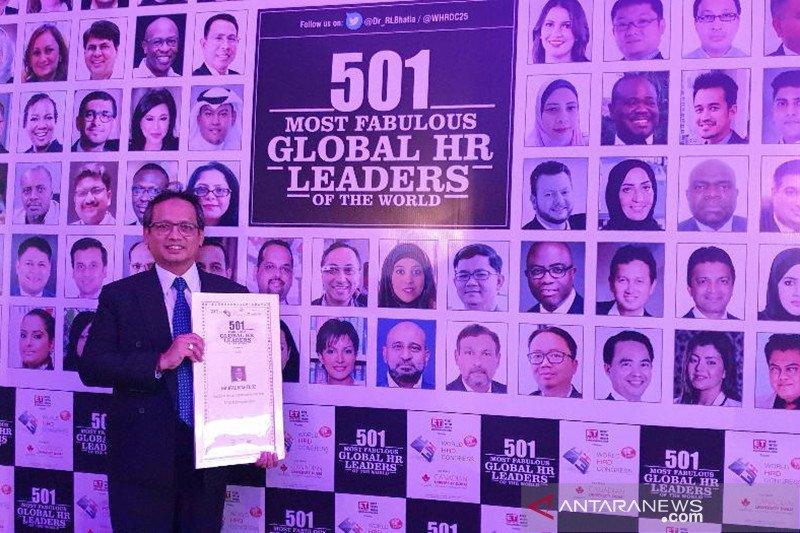 Mantan Direktur Antara raih penghargaan di Mumbai