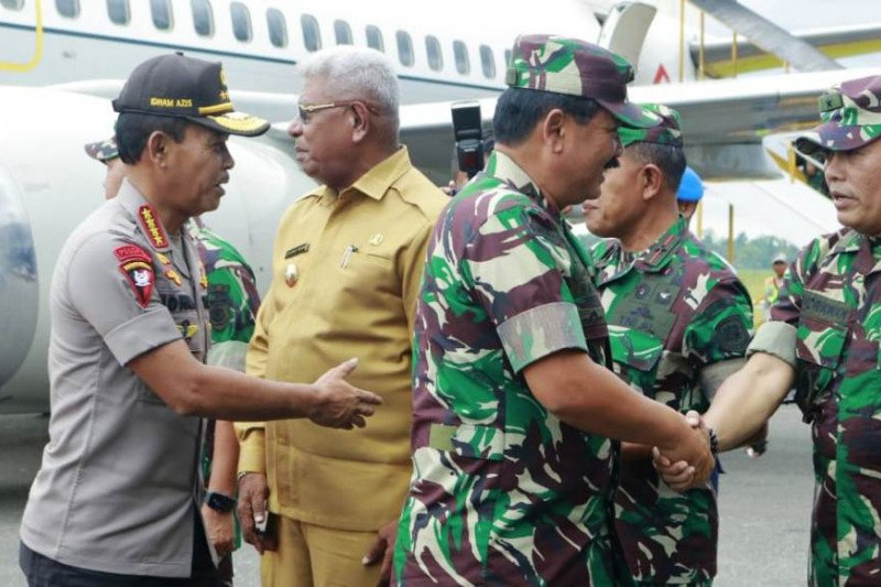 Panglima TNI bersama Kapolri gelar rapat tertutup di Mimika, Papua
