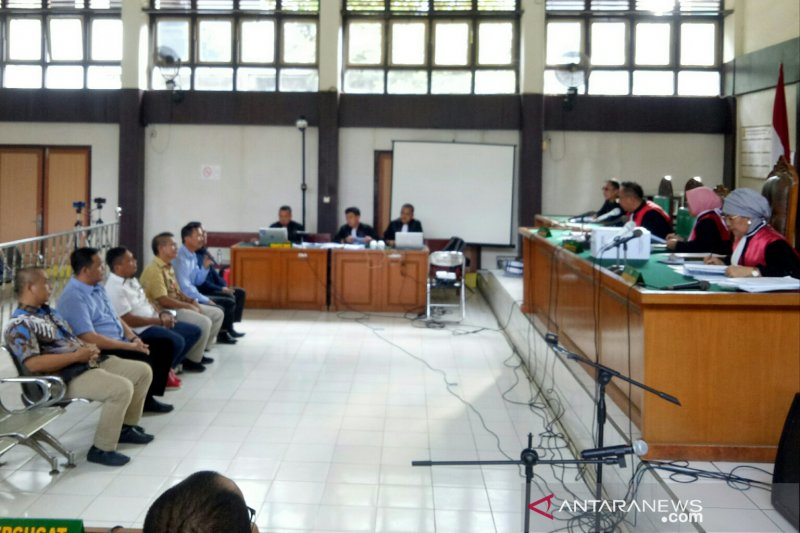 Akui tidak terima suap, hakim minta anggota DPRD Muara Enim disidik