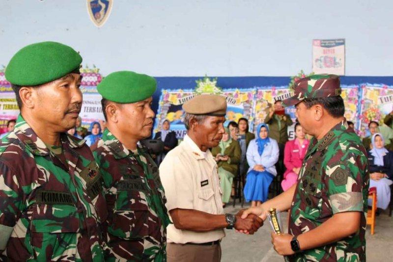 Panglima TNI lepas empat jenazah korban Heli Mi-17