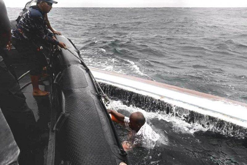 Polairud Polda Papua evakuasi korban perahu terbalik di Base-G