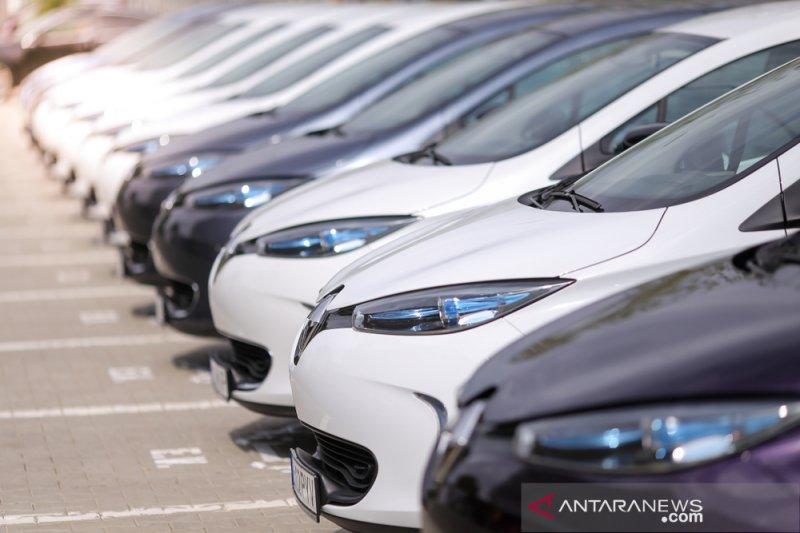 Penjualan mobil di ASEAN turun 38,4 persen