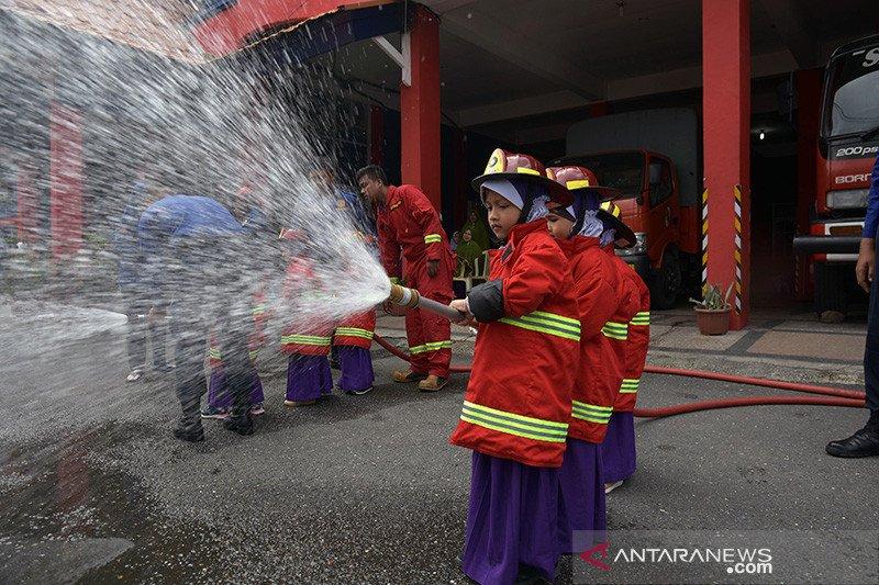 FOTO - Pemadam Kebakaran Cilik Pekanbaru