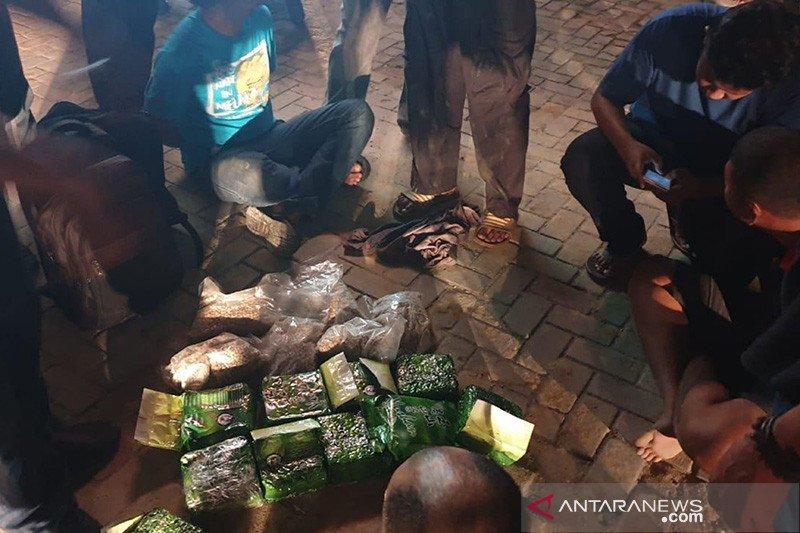 BNN ungkap peredaran 60.000 ekstasi dan 10 kg sabu-sabu dari Malaysia