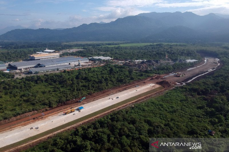 Tol Pekanbaru-Padang ditargetkan mulai beroperasi akhir tahun 2021