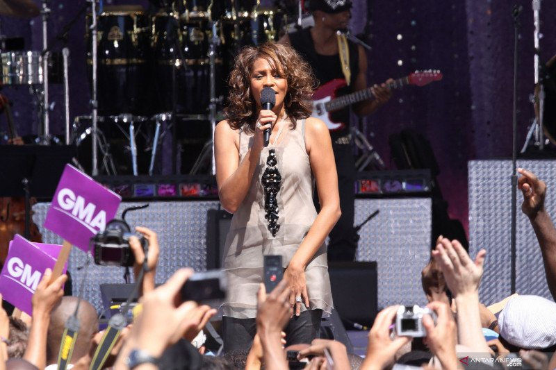 Whitney Houston akan