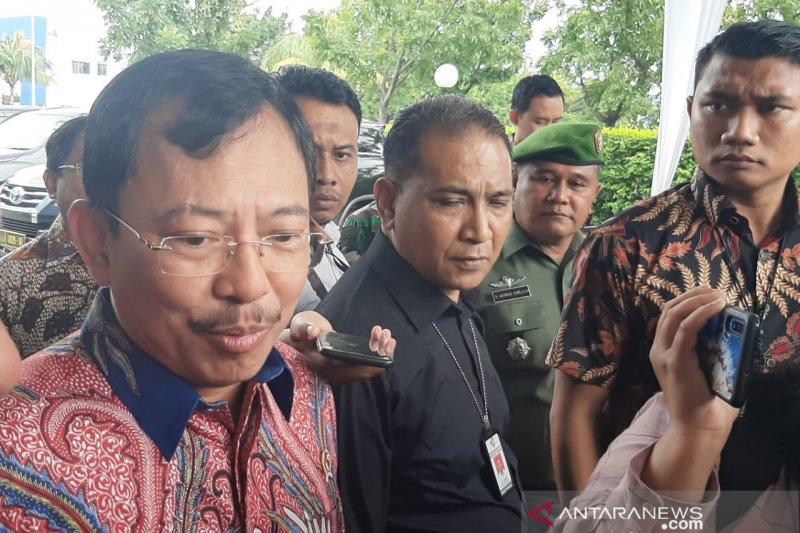 Menkes ingin pemerintah-swasta kolaborasi riset obat asli Indonesia