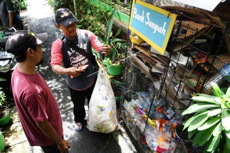 Program Samtama Kurangi Sampah Jakarta