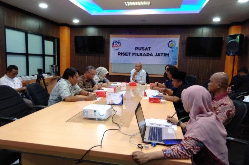 Terjadi persaingan figur parpol dan non-parpol di Pilkada Surabaya