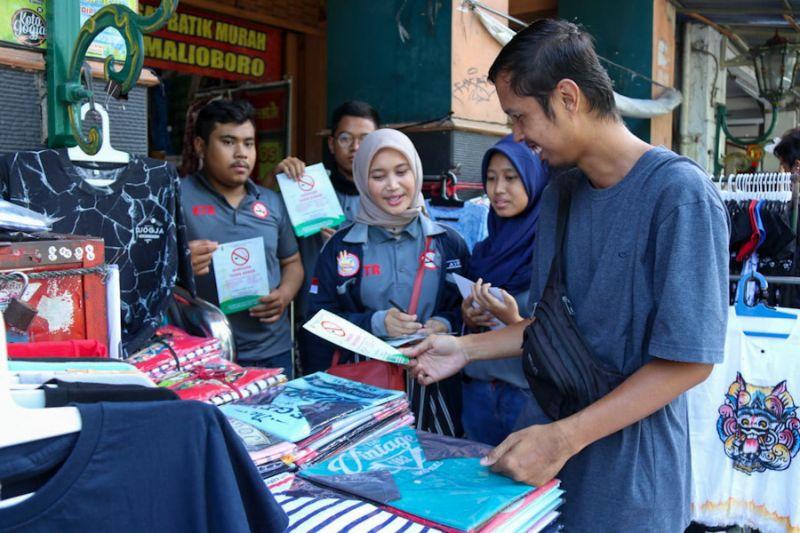 Bantu sosialisasikan KTR, milenial Yogyakarta terjun ke Malioboro