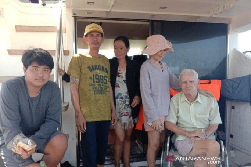 Kapal WNA terdampar di Pulau Bengkalis Riau