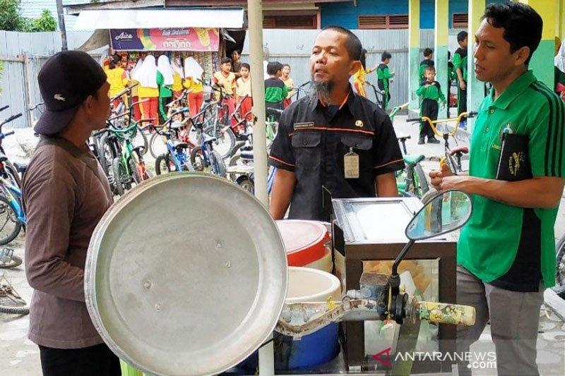 Dinkes turunkan tiga tim atasi keracunan massal murid SD di Sampit