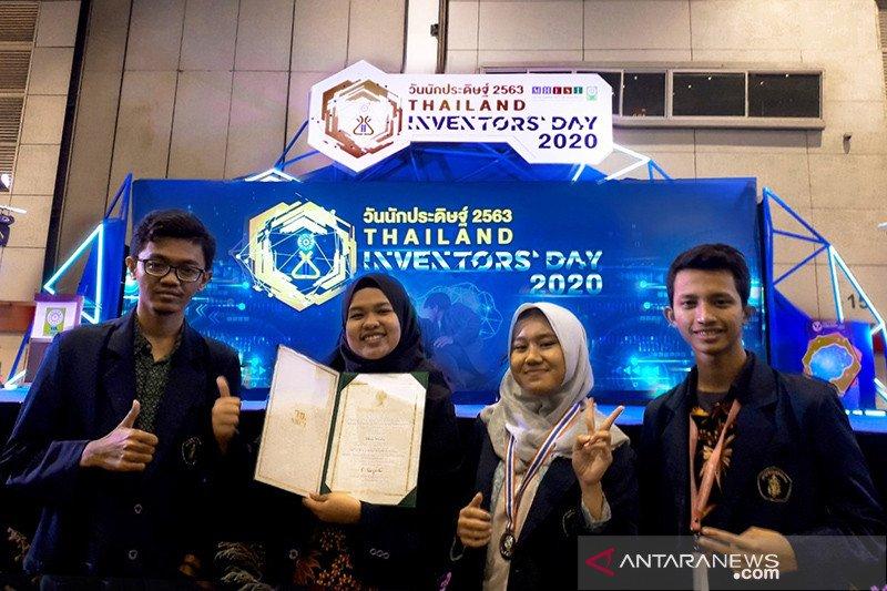Pengaman mobil rental bawa mahasiswa UB Malang raih medali di Thailand