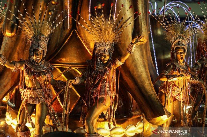Sekolah samba Brazil tunda Karnaval 2021 karena corona