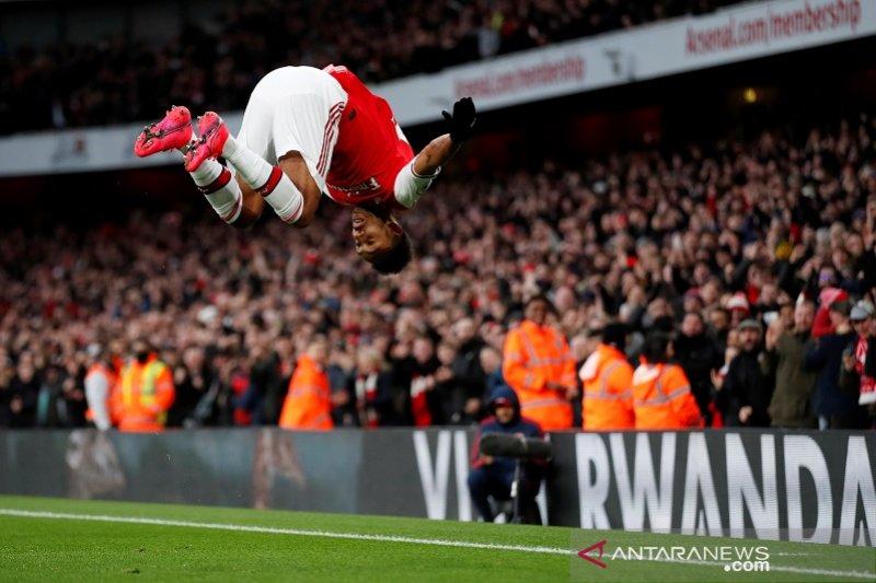 Dua gol Aubameyang bawa Arsenal salip Everton di Liga Inggris