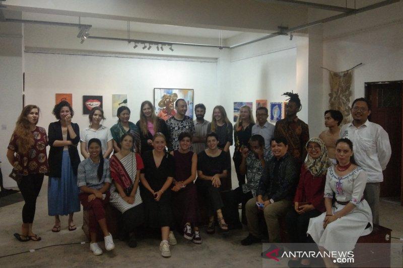 Belasan mahasiswa asing pamerkan karya seni di ISI Yogyakarta