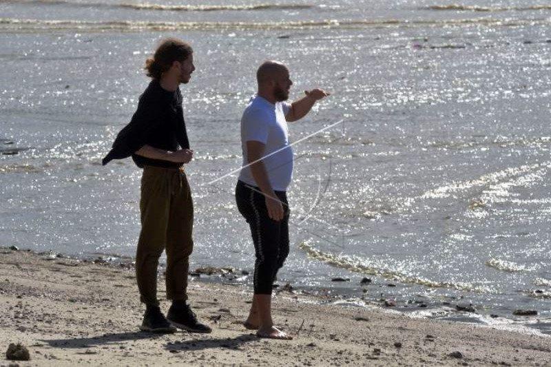 Warga Prancis Kunjungan Lokasi Buaya Ban