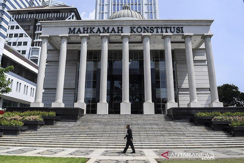 Aristides cabut gugatannya terkait UU Kementerian Negara