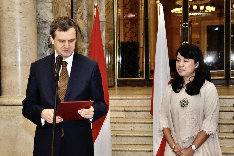 Peringati 65 tahun Indonesia-Polandia, KBRI gelar pameran foto