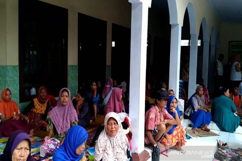 2.475 warga Kabupaten Pekalongan bertahan di pengungsian