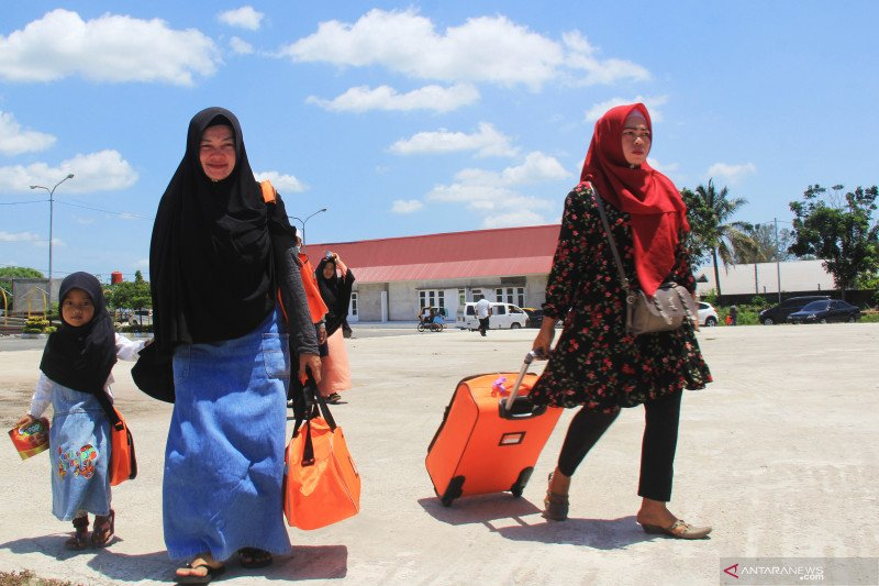 2.698 jemaah selesai umrah kembali ke Tanah Air