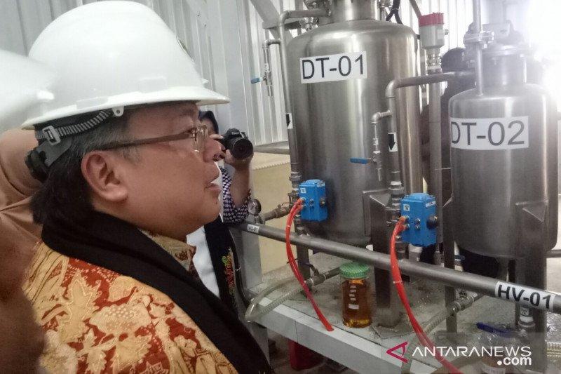 Alat fraksinasi minyak nilam diresmikan Menristek di Aceh