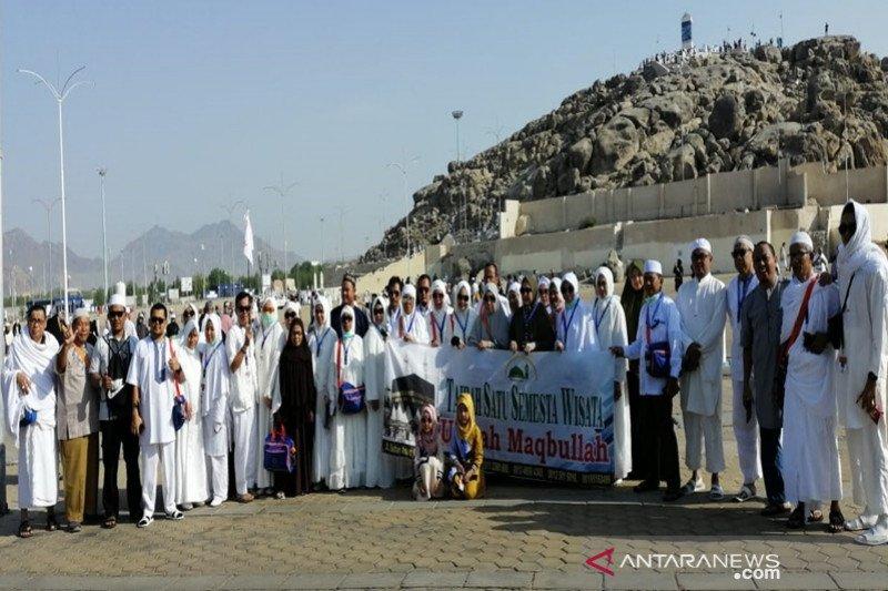 Asosiasi penyelenggara haji dan umroh meminta pemerintah cari solusi