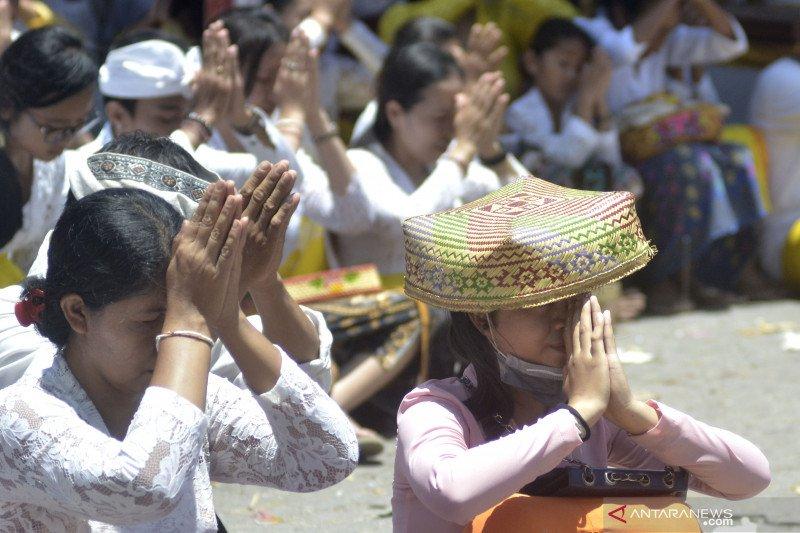 Perayaan hari raya Kuningan di Bali