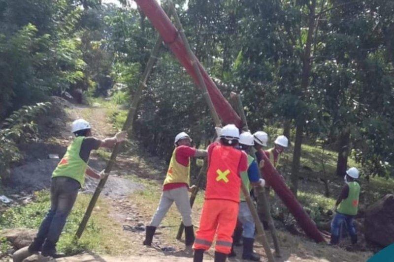 PLN genjot bangun jaringan listrik pada 28 desa di Pulau Flores