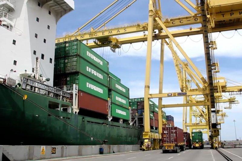Defisit neraca perdagangan bulan Januari disumbang sektor migas