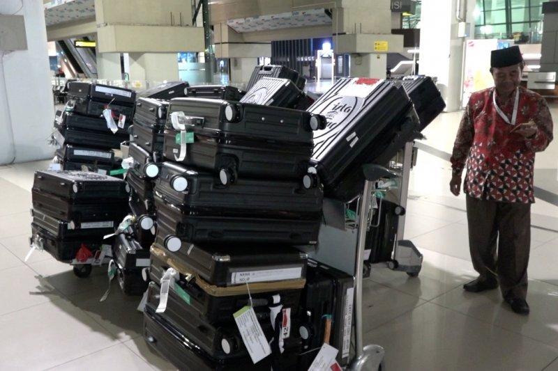 Batal terbang, calon jamaah umroh tinggalkan Bandara Soekarno Hatta