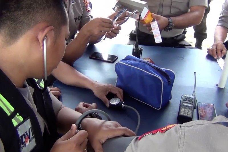 Pemeriksaan kesehatan keliling bagi personel kepolisian