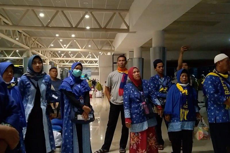 Penangguhan umrah, ratusan jamaah kembali ke Palembang